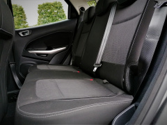 Ford-EcoSport-19